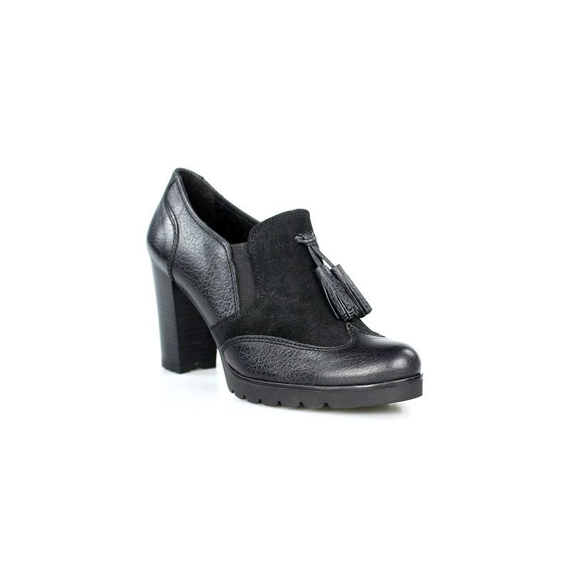 Zapatos abotinados con plataforma - Restos de zapatos ...