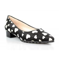 zapatos planos corazones blancos . gr