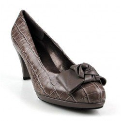 zapatos de tacón beige . 7586l