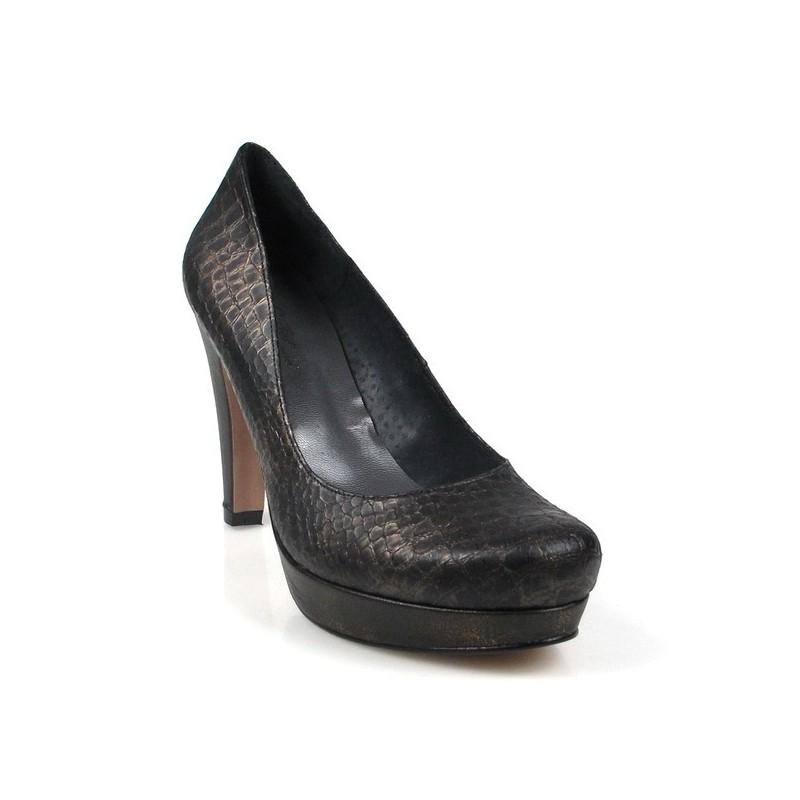 calzado de señora color bronce.1583