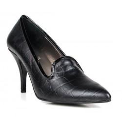 zapatos negros con puntera