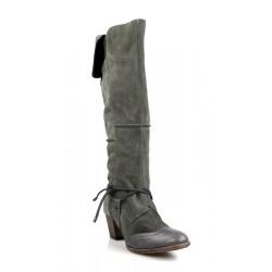botas grises de ante .gr10