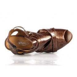 sandalias marrones piel grabada . vm