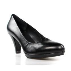zapatos de salón negros en piel . 7586