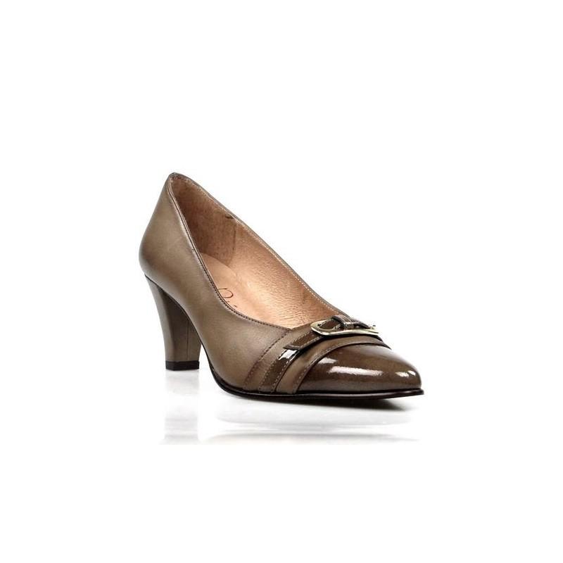 Zapatos taupe de tac n - Restos de zapatos ...