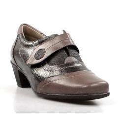 zapatos de mujer sport dorados .14504