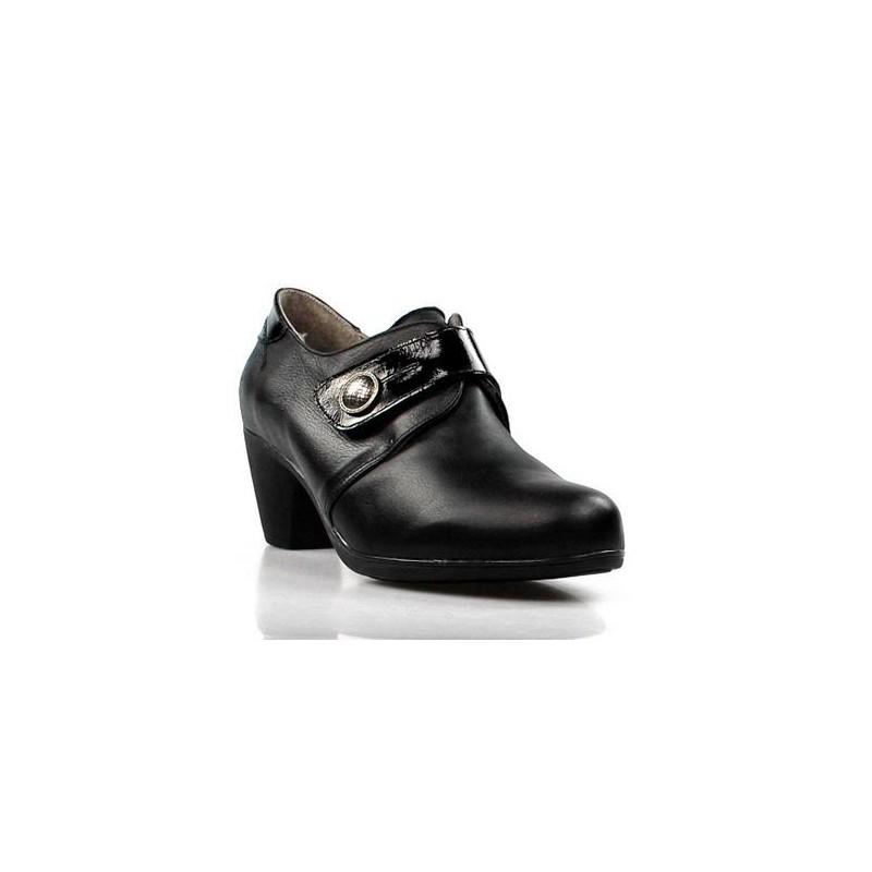 zapatos negros de plantilla extraible .14516