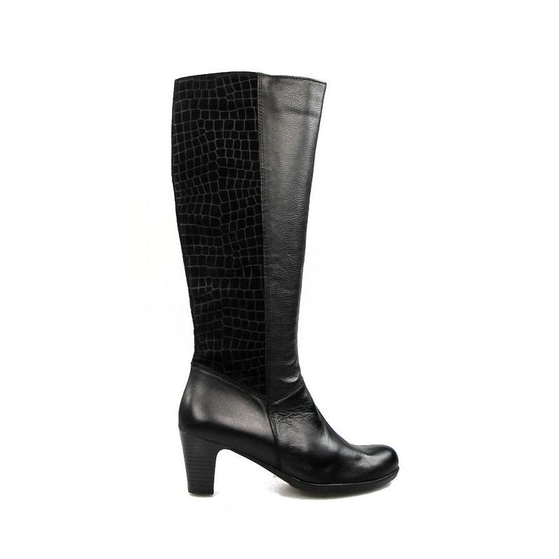 botas negras con tacon .30092