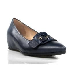 zapatos azules con cuña interior .136