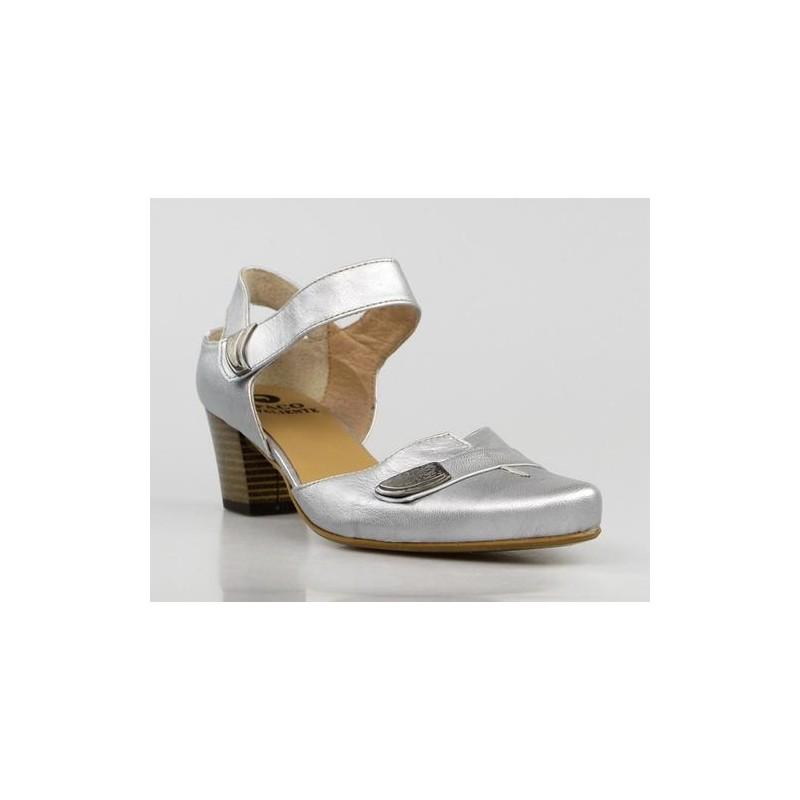 zapatos en piel plata . ps16