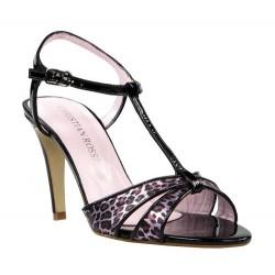 sandalias elegantes de tacón fino. 403