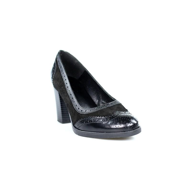 zapatos de salón en ante negro.39093