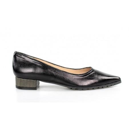 zapatos planos de puntera negros .gr
