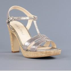 sandalias con piso de rafia .581