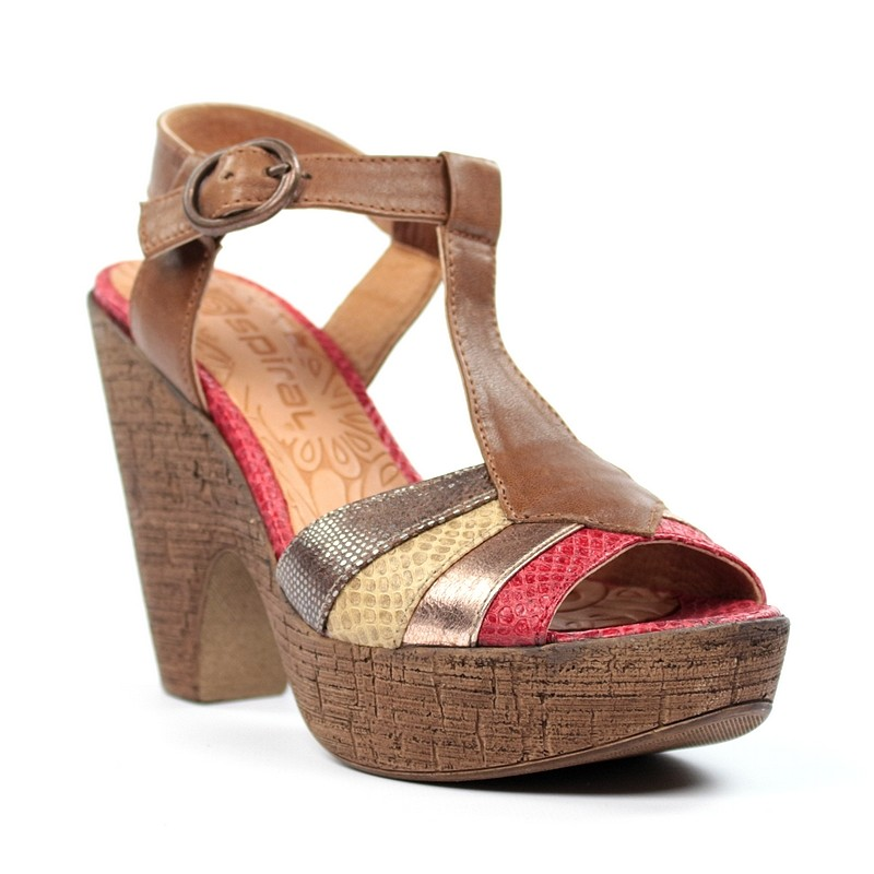 Sandalias multicolor marrones.a37