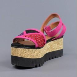 Sandalias con cuña de madera.hv26