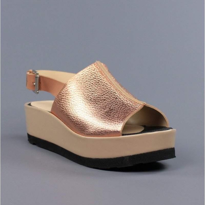 Sandalia de cuña piel cobre.hv27