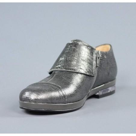 Zapato gris plano.sv3