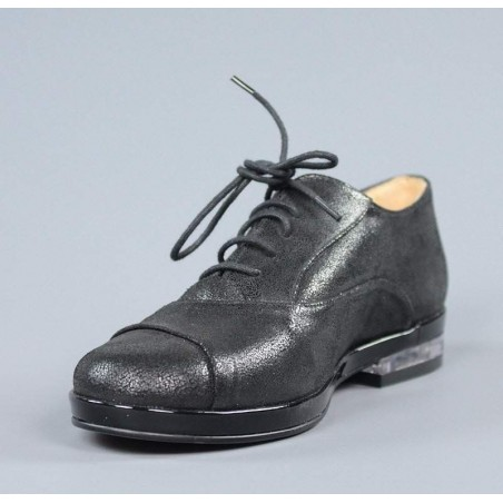 Zapatos negros de cordones.sv13