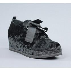 Zapatos terciopelo negro.svu2