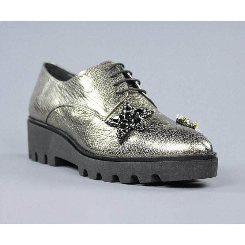 Zapatos blucher con adornos.60054