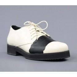 Zapatos blucher beige.svu10