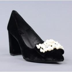 Zapato terciopelo negro.60229