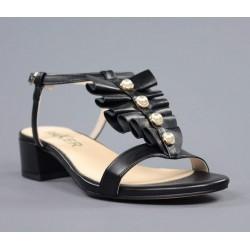 Sandalia negra perlas.70270