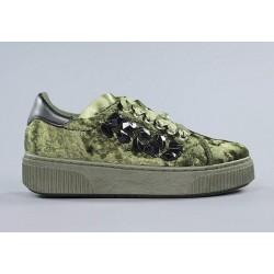 Zapatos verdes terciopelo xti.zx4