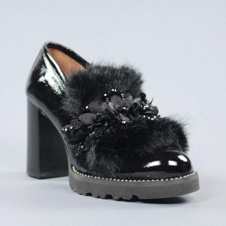 Zapatos charol pelo.ely4