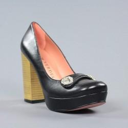Zapatos tacón dorado.svz4