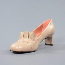 Zapato beige tacón.svz10