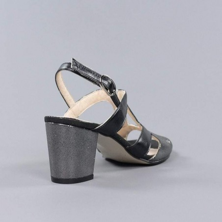Sandalia negra tacón 19121