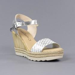 Cuña alta sandalia plata.76601
