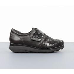 Zapatos cómodos velcro.20ar5