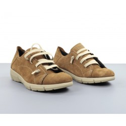 Zapatos camel cuña.096