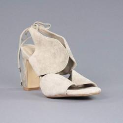 Carmela sandalia tacón.20vca18