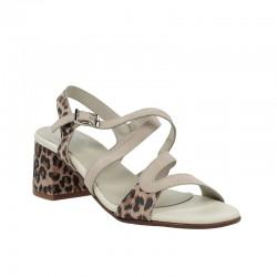 Sandalia leopardo.330vle